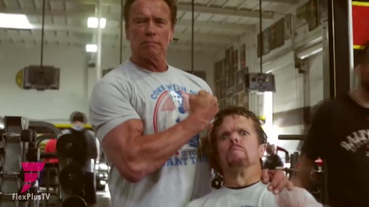 Видео: Arnold Schwarzenegger - 69 Years Old ¦ Age Is Just A Number.(Возраст-это просто число)