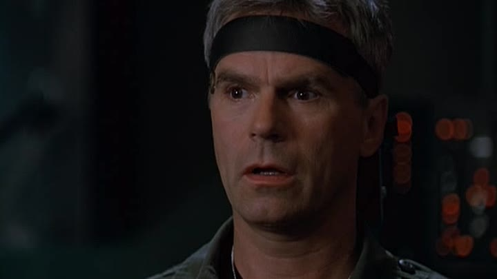 Видео: Stargate SG-1 - [4x05] - Divide And Conquer