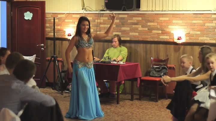 Видео: Russian belly dancer 2014 .Tabla solo.Svetlana Salamatina