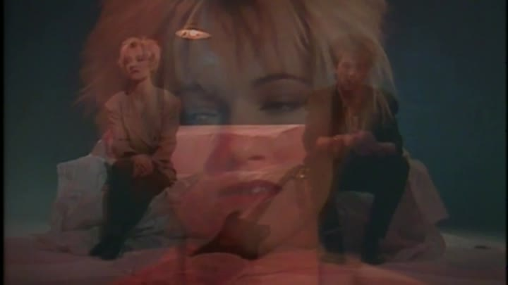 Видео: Roxette - It Must Have Been Love (Christmas For The Broken Hearted) 1987