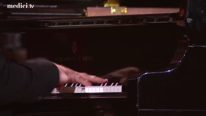 Видео: Grand Piano Competition 2018- Grand Opening - Rachmaninov- Piano Concerto No. 3