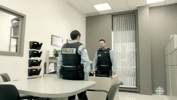 [VoirFilms.org]-19-2.S03E06.FRENCH.720p.HDTV.x264-LiBERTY-