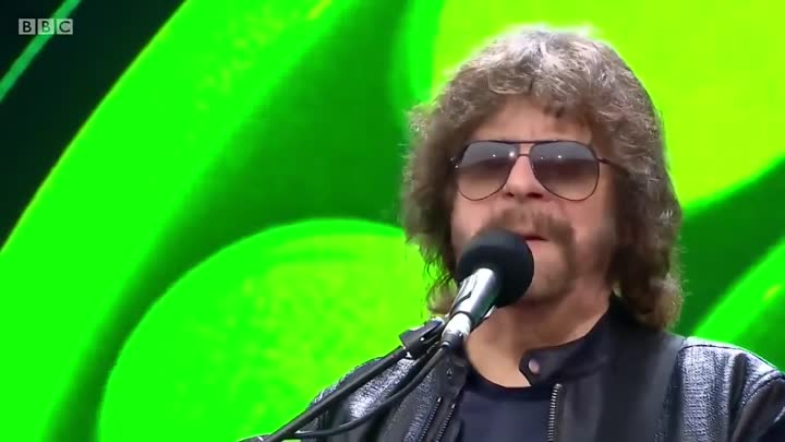 Telephone Line Jeff Lynne's ELO Live with Rosie Langley and