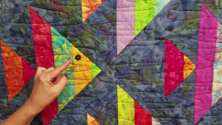 Видео: 1 Fish, 2 Fish! | Finished Quilt Giveaway :)