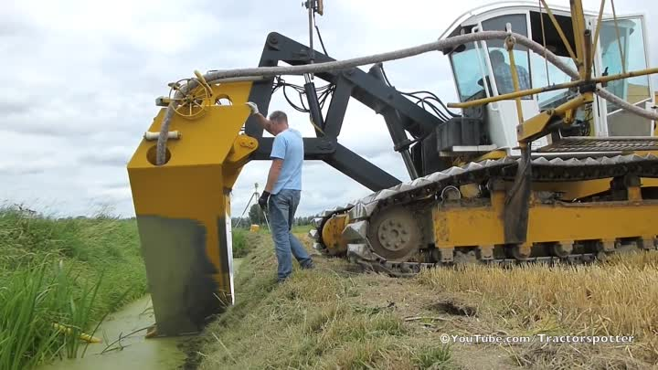 Видео: Inter-Drain GP-Series V plow | laying trenchless field drainage | Van Damme Drainage
