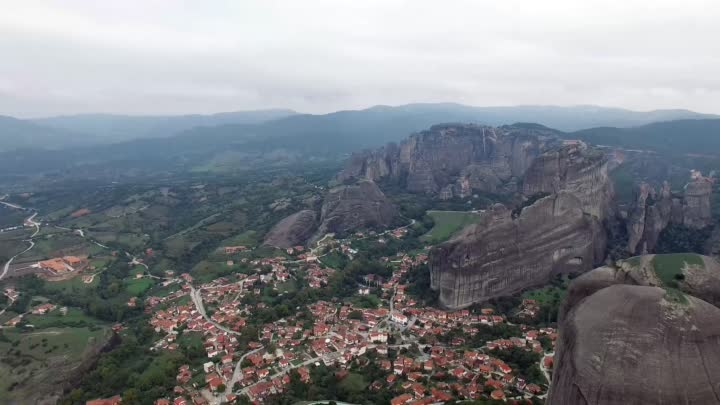 Видео: A Day in Meteora, Greece (4K)