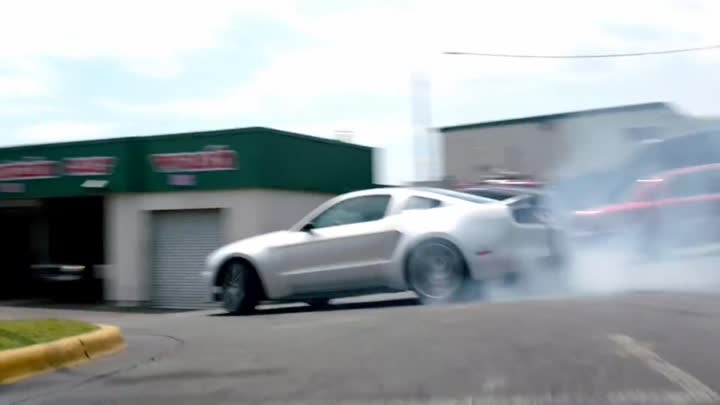 Видео: Pitbull - Rain Over Me ft. Marc Anthony • Need For Speed edition