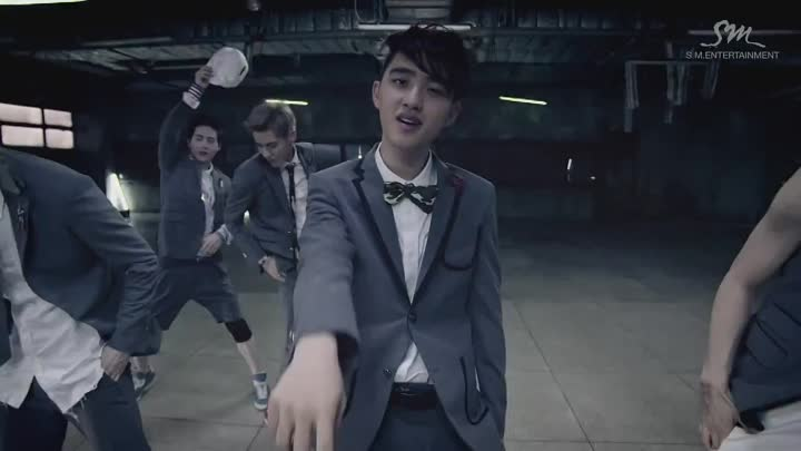 Видео: EXO_으르렁 (Growl)_Music Video (Korean ver.)