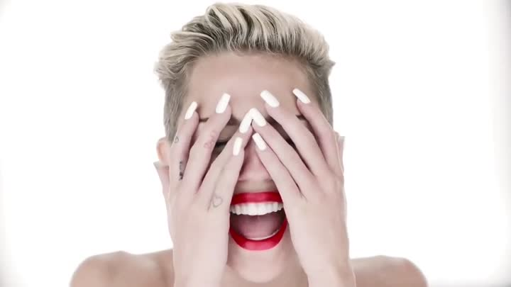 Miley Cyrus - Wrecking Ball [Music Video] 720p [Sbyky]