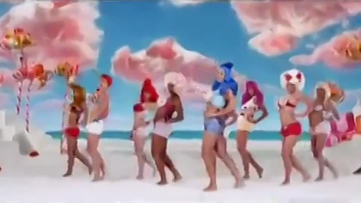 Katy Perry feat. Snoop Dogg- California Gurls(music video) IN HD