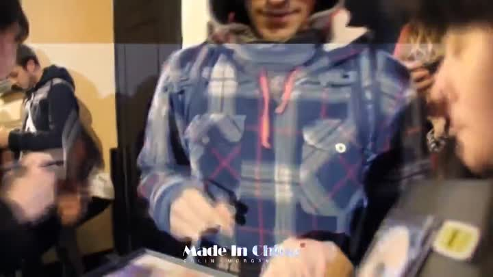 Видео: Colin Morgan accepted the birthday gift from Chinese fans