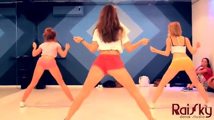 RaiSky Dance - Twerk (Katya Shoshina)
