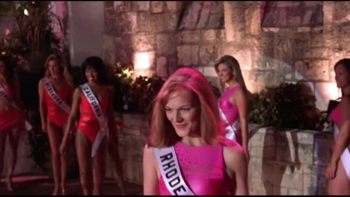 Видео: She's Got A Killer To Catch... Right After The Swimsuit Competition