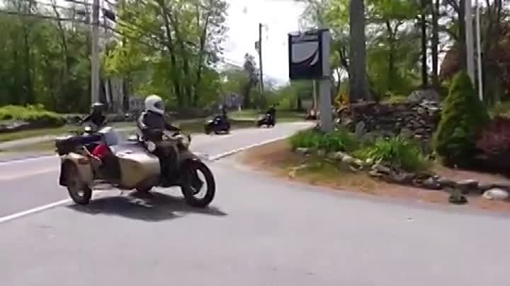 Видео: Ural of New England, May 18th 2013 Rally and Russian Food Event
