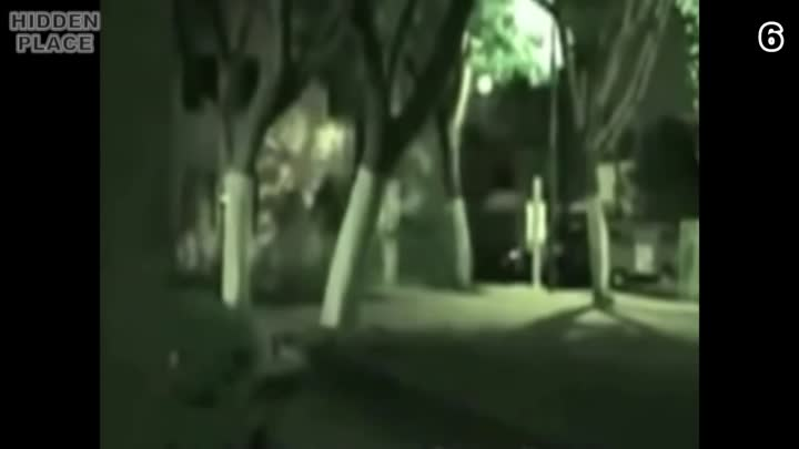 Видео: 15 Ghosts Caught on Camera ¦ Top 15 Real Ghost Sightings Part 3