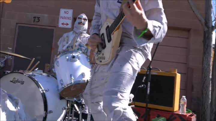 Видео: The Mummies at Debauch-A-Reno 2018
