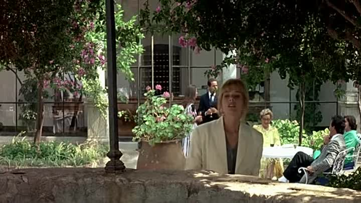 1988.FRENCH.BDRIP.XVID.AC3-www.film-complet.com