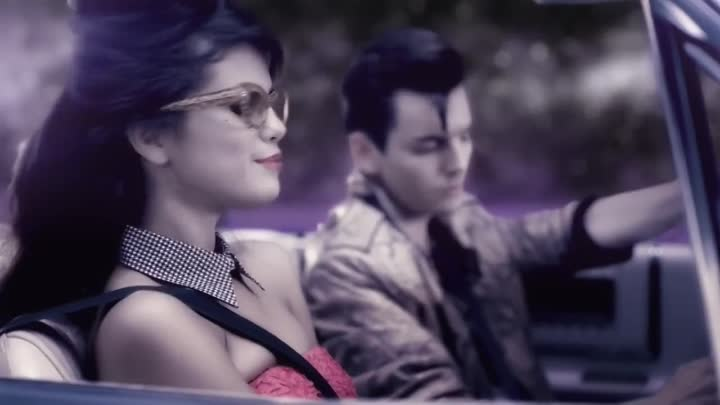 Selena Gomez & The Scene - Love You Like A Love Song (Official Video)