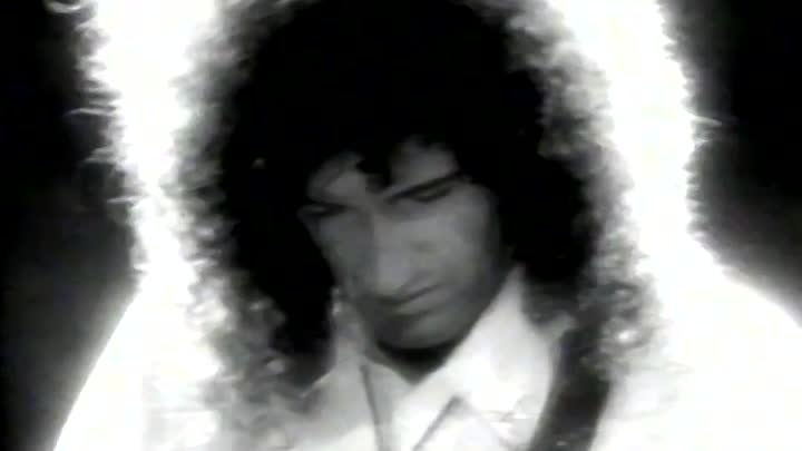 Видео: Queen - These Are The Days Of Our Lives