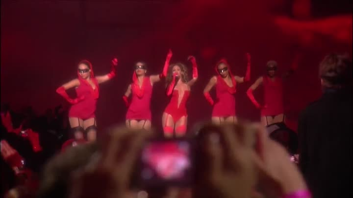 Beyoncé - Sweet Dreams _ Live at EMA 2009 (HD_1080p)