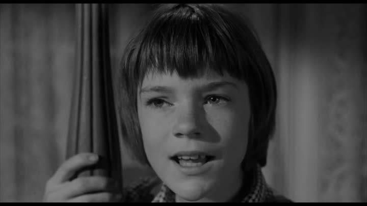 """Видео: Wise Words About How """"It's a Sin To Kill a Mockingbird"""""""