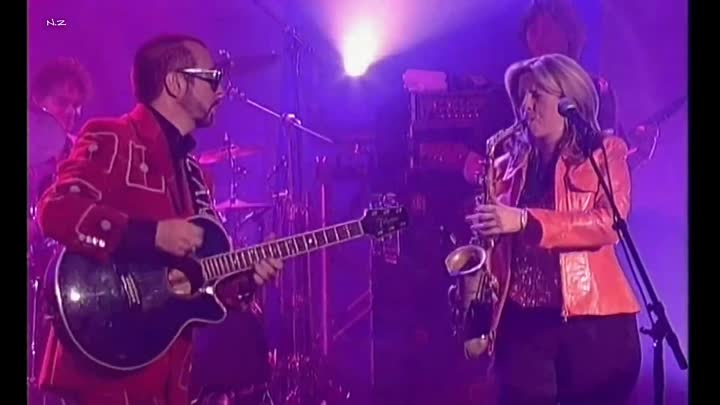 Видео: Candy Dulfer & Dave Stewart - Lily Was Here (1989)