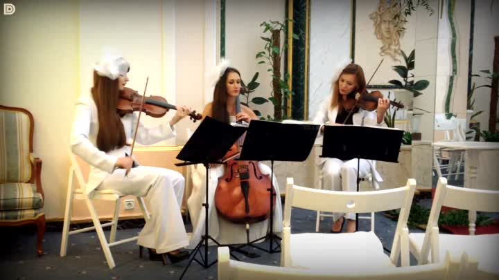 Видео: All you need is love (Beatles) - скрипачки Violin Group DOLLS