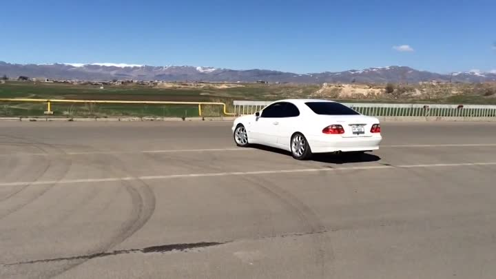 Mercedes Benz CLK Drift