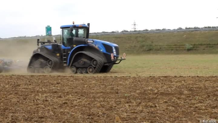New Holland T9.560