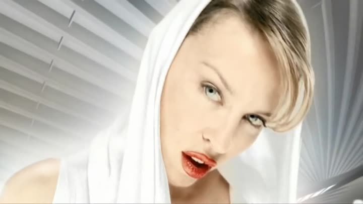 Kylie Minogue - Can't Get You Out Of My Head (LX)