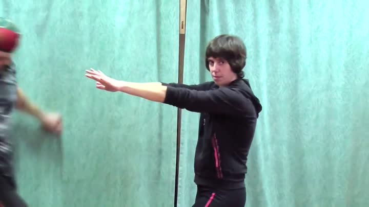 Видео: Wing Chun Kung Fu for beginners. Lesson 1 – Basic stances with English Subtitles