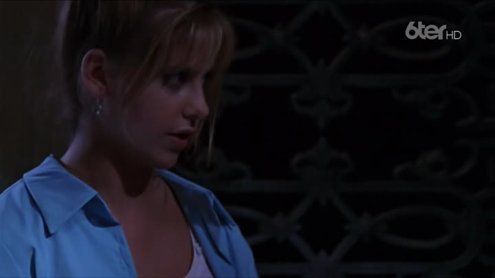 Видео: [.VoirFilms.org]-Buffy.S01E01.FRENCH.REMASTERED.1080p.HDTV.AC3-BaDeVeL-.