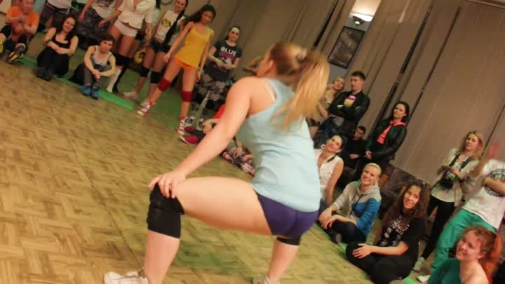 Видео: Siberian Dancehall Contest 2013 - BOOTY DANCE selection 2